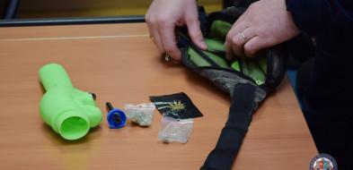 20-latek jechał z marihuaną-27059