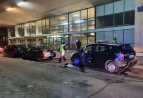 Zaparkowane taksówki uszkodzone-27594