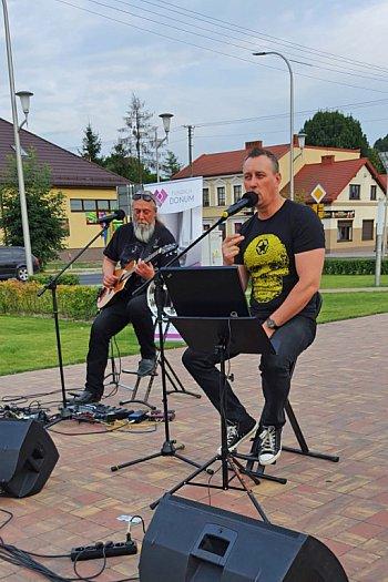 Impreza na rynku w Mordach-2201